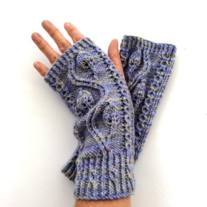 Pinnate Gloves