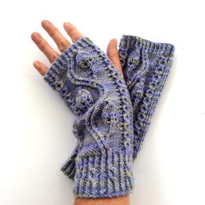 Pinnate Gloves